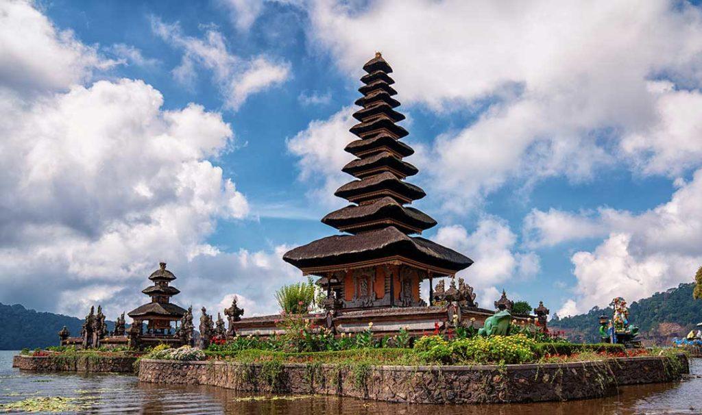Lake Beratan, Bali